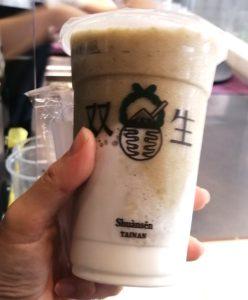 【台湾グルメ】台南にある「双生」綠豆沙珍珠牛奶が爆発的人気